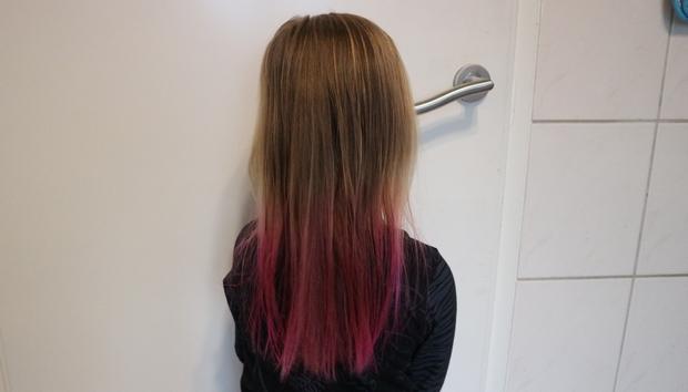haar roze verven